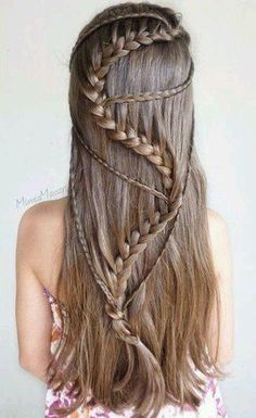 110 Best Bohemian and Wedding Braided Hairstyles That Comb Turn Heads for Fashion Girls 110 Best Bohemian and Wedding Hairstyles That Comb Turn Heads for Fashion Girls – Page 98 – My Beauty Note Box Braids Hairstyles, Bohemian Hairstyles, Girl Hairstyles, Wedding Hairstyles, Girls Hairdos, Pretty Hairstyles, Roman Hairstyles, Cool Easy Hairstyles, Long Braided Hairstyles