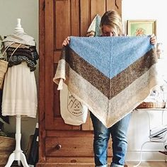 Ravelry: Nordic Wind pattern by cabinfour Knit Or Crochet, Crochet Shawl, Shawl Patterns, Knitting Patterns, Knitting Ideas, Knitted Shawls, Knitted Scarves, Cowl Scarf, Capes