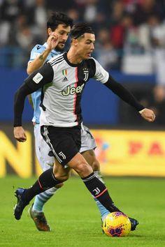 🔹CR7🔹 Cristiano Ronaldo Shirtless, Jamaican Art, Handsome Arab Men, Goat, Soccer, Football, Running, Sports, Instagram