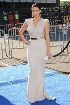 60 Times Kim Kardashian Wore White - Kim Kardashian Photos in White - Elle Love Fashion, Fashion News, Fashion Looks, Fashion Trends, Kardashian Photos, Kardashian Style, One Piece Gown, White Outfits, Celebrity Style