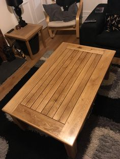 2 oak tables I made from leftover 18mm flooring. I glued 4 spare spindles together for the legs. Finished with danish oil. http://ift.tt/2nX5Ohh