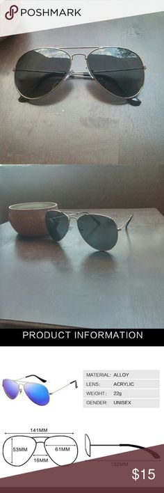 New Aviators Mirrored Silver New in package unisex aviators in a mirrored silver finish, UV400 Accessories Sunglasses