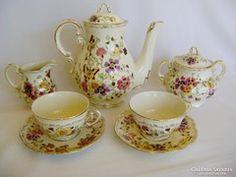 Zsolnay Pillangós 2 személyes Teás készlet Sugar Bowl, Bowl Set, Tea Pots, Tableware, Dinnerware, Tablewares, Tea Pot, Dishes, Place Settings