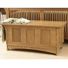 Wood Magazine - Woodworking Project Paper Plan to Build A Beauty of a Blanket Chest Small Furniture, Cheap Furniture, Furniture Plans, Woodworking Desk Plans, Popular Woodworking, Woodworking Classes, Woodworking Videos, Woodworking Shop, Youtube Woodworking