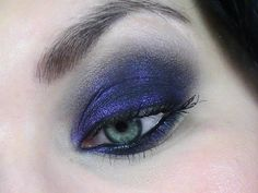 TheBodyNeeds Eye Shadow in Blackened Violet. Photo and model courtesy of http://lilymakeupaddict.canalblog.com