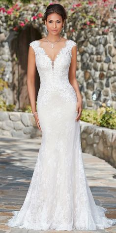 a8e34904a338 Fabulous Lace V-neck Neckline Natural Waistline Mermaid Wedding Dress With Lace  Appliques & Beadings