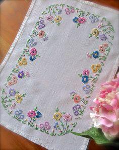 Bordados florales bandeja antigua de lino paño mano