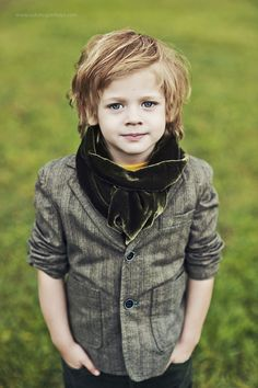 Ilya Belsky (born is an Russian child model. Boy Child Models, Beautiful Children, Beautiful Babies, Russian Boys, Model Look, Young Models, Family Posing, Kid Styles, Mannequins