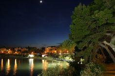 Bačvice at night