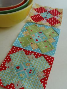 Amy Made That! ...by eamylove: Template-Free Polka-Dot-Cafe Block