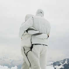 For him and for her The AURELIE woman ski pants are made from the elastic protection The ALEXMULTI from waterproof and breathable stretch. Combined with the all white look, you are ready for the slope! Ski Pants, Winter Looks, All White, Skiing, Winter Jackets, Outfits, Fashion, Women's, Ski