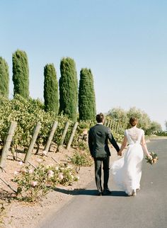 Vineyard Wedding // Style Me Pretty