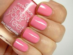 Essence Show Your Feet Nail Polish in Flamingo Rose