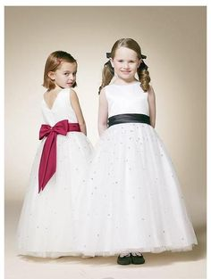 make the sash whatever color the bridesmaids dresses are!
