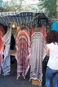 Kaftan Abaya Fashion, Muslim Fashion, Modest Fashion, Boho Fashion, Fashion Dresses, Hippie Chic, Boho Chic, Kaftan Pattern, Gilet Crochet