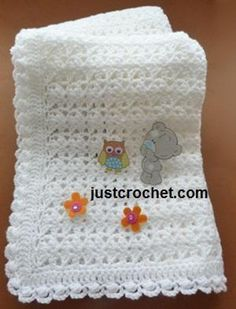 Free baby crochet pattern for shawl with cluster edge www.c… Free baby crochet pattern for shawl with cluster edge … Crochet Baby Shawl, Crochet Bebe, Crochet Blanket Patterns, Baby Patterns, Baby Knitting, Free Crochet, Crochet Blankets, Crochet Edgings, Crochet Afghans