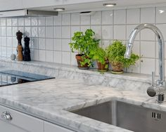 Classic Style Kitchen Furniture Timeless Furniture For Your Home Cleaning Granite Counters, Faux Marble Countertop, Wooden Countertops, Cheap Countertops, Countertop Materials, Concrete Countertops, Kitchen Countertops, Copper Counter, Cement Counter