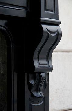 marmeren schouwen    grote voorraad bij jan van ijken oude bouwmaterialen eemnes    www.oudebouwmaterialen.nl