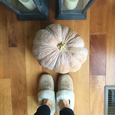 Slippers, Thanksgiving, Shoes, Fashion, Moda, Zapatos, Shoes Outlet, Fashion Styles, Thanksgiving Tree