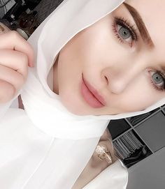 No photo description available. Hijab Turban Style, Hijab Style Dress, Iranian Beauty, Muslim Beauty, Hijabi Girl, Girl Hijab, Beautiful Muslim Women, Beautiful Hijab, Stylish Girl Pic