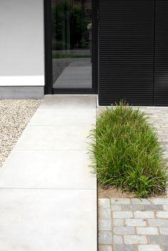 Garden Pavers, Backyard Landscaping, Back Gardens, Outdoor Gardens, Love Garden, Home And Garden, Landscape Architecture, Landscape Design, Contemporary Garden