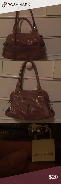 ANNE KLEIN PURSE Brown , leather and gold purse Anne Klein Bags Shoulder Bags