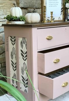 Dresser makeover in Fusion Mineral pain Damask and cappuccino all in one stain//Nursery Furniture//Nursery decor//Pink dresser//painted furniture // redone dresser//redone furniture