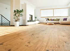 HARO PARKETT 4000 Landhausdiele Eiche Sauvage retro strukturiert Source by sonjahampe Wooden Flooring, Hardwood Floors, Interior Decorating, Interior Design, Wide Plank, Home And Living, Living Spaces, Sweet Home, New Homes