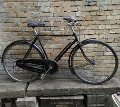 1930s Raleigh Sports Model - excellent condition in Sporting Goods, Cycling, Bikes | eBay!