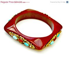 Red-Letter Vintage Holiday Gifts From TeamLove FlashPro1 by Nan Russell on Etsy