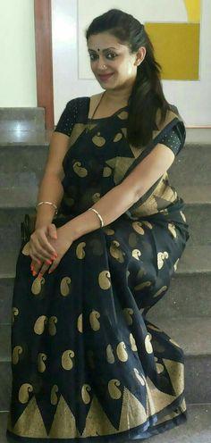 Jennifer Antony Malayalam Actress - the perfect MILF ❤️ Beautiful Blonde Girl, Beautiful Girl Indian, Most Beautiful Indian Actress, Beautiful Saree, Beauty Full Girl, Beauty Women, Indian Girl Bikini, Curvy Girl Lingerie, Beautiful Women Over 40