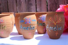 Cantaritos with baby name for birthday Mexican Birthday Parties, Mexican Fiesta Party, Fiesta Theme Party, 50th Birthday Party, Baby Birthday, Birthday Presents, Quinceanera Decorations, Quinceanera Party, Mexican Theme Baby Shower