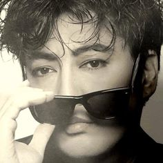 Blog dedicated to amazing musician and actor - Kenji Sawada and his projects: The Tigers, PYG, solo...