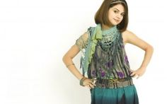 Selena Gomez 80