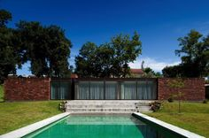 Image 1 of 33 from gallery of House In Viana do Castelo / Miguel Ferreira dos Santos. Classic Architecture, Architecture Office, Residential Architecture, Contemporary Architecture, Contemporary Design, Architecture Design, Garden Pool, Facade House, Pool Houses