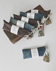 Linen eye pillows - new line of spa giftsYou can find Spa gifts and more on our website.Linen eye pillows - new line of spa gifts Spa Gifts, Geek Gifts, Diy Rice Bags, Lavender Crafts, Craft Packaging, Sustainable Textiles, Visual Diary, Diy Pillows, Sewing Projects