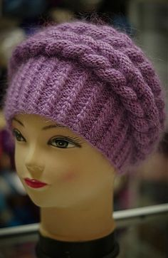 Одноклассники Do this in brown or blonde color and flowers on front , like dancers hair Baby Hats Knitting, Knitting Stitches, Hand Knitting, Knitted Hats, Knitting Patterns, Crochet Cape, Crochet Beanie, Knit Crochet, Baby Girl Hats