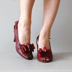 Screen Siren peeptoes   vintage 1940s shoes • red 40s heels 7