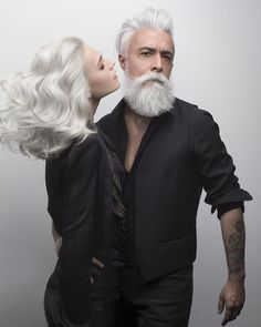 Alessandro Manfredini is the epitome of grey hair goals! Look at his stunning mane. Grey Hair, White Hair, Beautiful Men, Beautiful People, Grey Beards, Awesome Beards, Beard Tattoo, Going Gray, Beard No Mustache