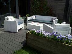 Loungeset wit, mooi voor in onze tuin!