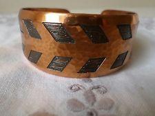 vintage 1960's moda hand made designer modernist copper, chevron pattern bangle