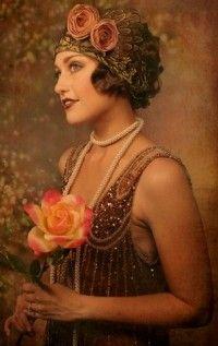 A Stunning Flapper Style Wedding Dress