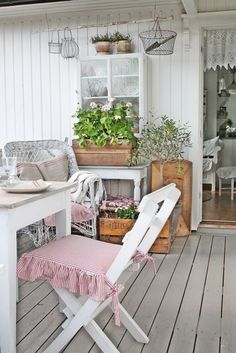 Summer deck by VIBEKE DESIGN: Nå er den her!