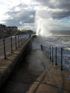 storm surge coming in Pictures Of England, Storm Surge, The Beautiful Country, Ocean Waves, Niagara Falls, Earth, Explore, History, World
