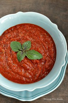 Simple Homemade Pizza Sauce Recipe from Allergy Free Alaska. #paleo #vegan #glutenfree