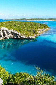 Dean's Blue Hole, Bahamas.