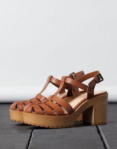 Sandales à talon BSK - Voir Tout - Bershka France