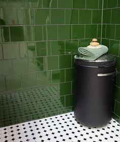 Bathroom Inspo, Basement Bathroom, Bathroom Styling, Bathroom Inspiration, Master Bathroom, Interior Inspiration, Apartment Interior, Home Interior, Glass Block Shower