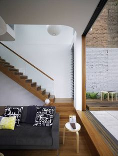 Rumah minimalis Eksotis Elliott Ripper House by Christopher Polly Architect - MEGATruss Global ( Bata Ringan - Panel Lantai - Galvalum - DLL ) Design Loft, Home Design, Style At Home, Inviting Home, House Stairs, Bathroom Interior Design, Apartment Design, Interior Architecture, Installation Architecture