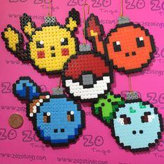 Etsy の Pokemon Christmas Pixel Baubles by ZoZoTings